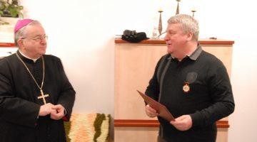 Odznaczeni Złotymi Krzyżami Archidiecezji Łódzkiej