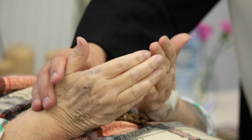 Abp Ryś do chorych: w swojej chorobie dotknij się Jezusa!