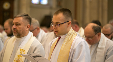 Abp Ryś: Nie róbmy swojego Kościoła, tylko współpracujmy z Duchem!- Msza Krzyżma 2019