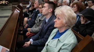 Abp Ryś: My nie całujemy szubienicy, my całujemy Drzewo Życia! – Wielki Piątek 2019