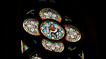 Abp Ryś w Niedzielę Zmartwychwstania: Poznajemy Chrystusa żyjącego po Jego ranach!