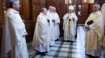 Abp Ryś: kto słucha Kościoła, nie może robić inaczej! – medal Karskiego dla abp. Rysia