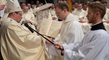 Abp Ryś do Neoprezbiterów: ja wam przyrzekam, że będę wam Ojcem, i że będę was traktował, jak swoje ukochane dzieci !