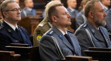 Bp Pękalski na 100-lecie Policji: musimy być stróżami własnej godności!