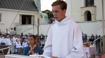 Abp Ryś: najważniejsza w Kościele jest relacja, którejKościół uczy się od Maryi – Msza św. przed szczytem jasnogórskim