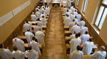 Abp Ryś: ojcem i matką jest się nie na chwilę, ale na zawsze! – Ogólnopolski Zjazd Ojców Duchownych w Łodzi