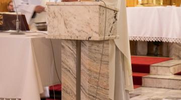 Kard. Krajewski: czy jesteś tabernakulum Jezusa? Czy nosisz Go innym? – 94.PPŁ #3