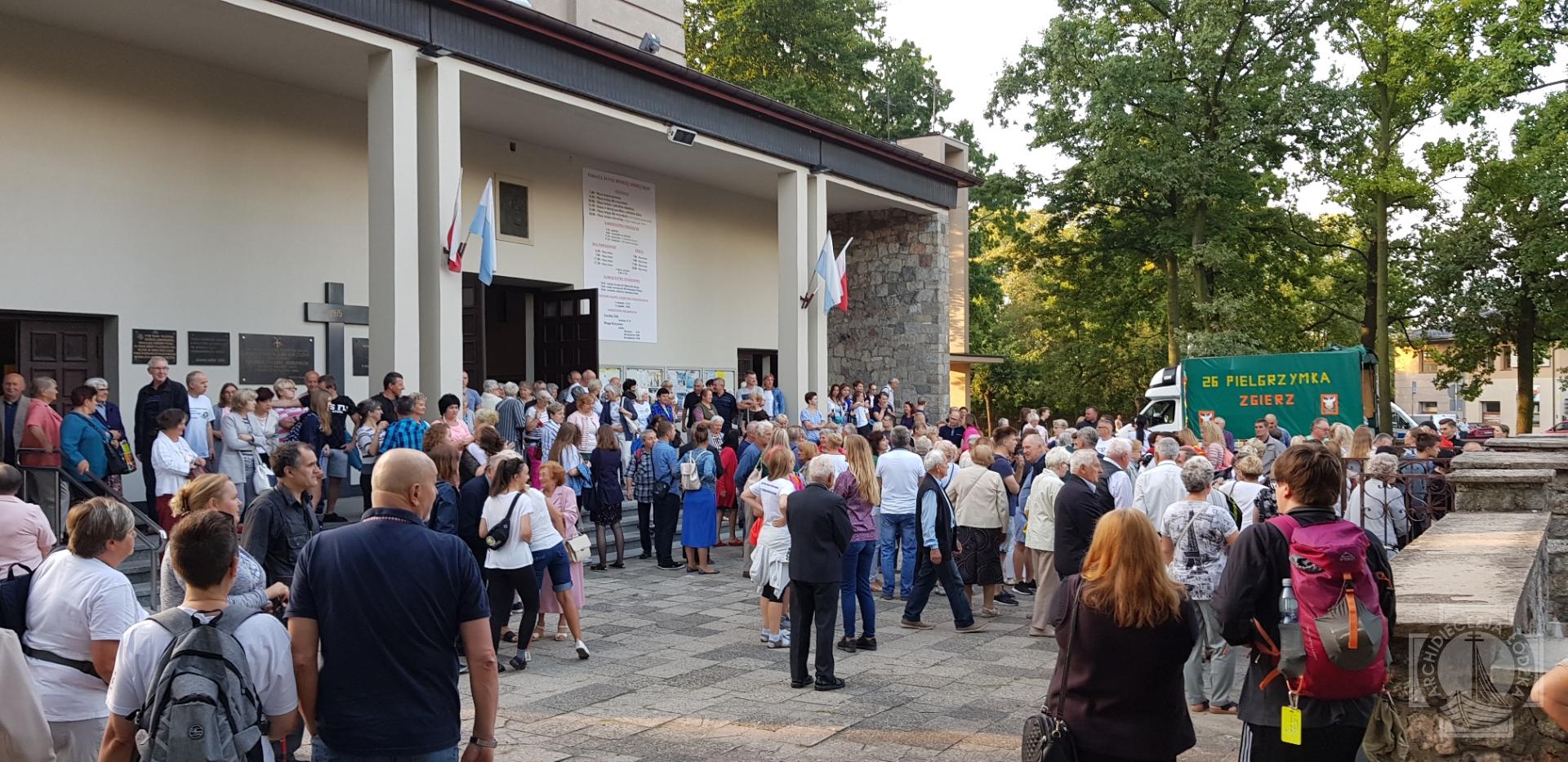 Zarys Dziejw Luteranizmu na Ziemi Zgierskiej | Parafia