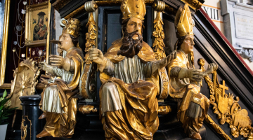 Dlaczego Piotrkowska Fara zostanie Bazyliką Mniejszą? – wywiad #1