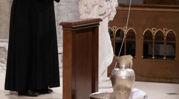 Abp Ryś: Nie ma sensu nasze kapłaństwo, jeśli wierni nie mają doświadczenia bycia kochanymi przez Jezusa! – rekolekcje kapłańskie 2019 #1