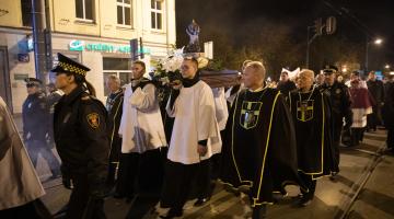 Bp Muskus: co robimy z Jezusową miłością w Łodzi? – święto św. Faustyny Kowalskiej
