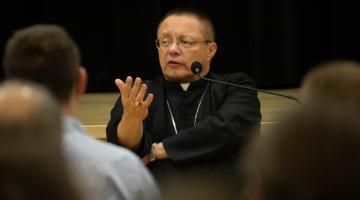 Jak budować relacje w rodzinie? – spotkanie abp. Rysia z Łódzkim Klubem Ojca