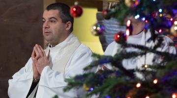Abp Ryś:  Bóg zdziera dziś zasłonę z naszych oczu i objawia nam siebie!