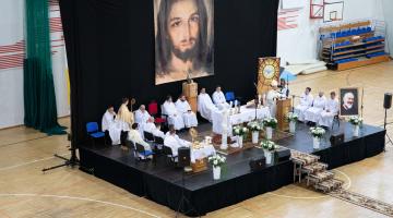 """Abp Ryś: przejdźmy drogę od """"Panie, ja słyszałem"""" do """"Szawle – Bracie"""" – spotkanie ewangelizacyjne """"Jezus Uzdrawia"""""""