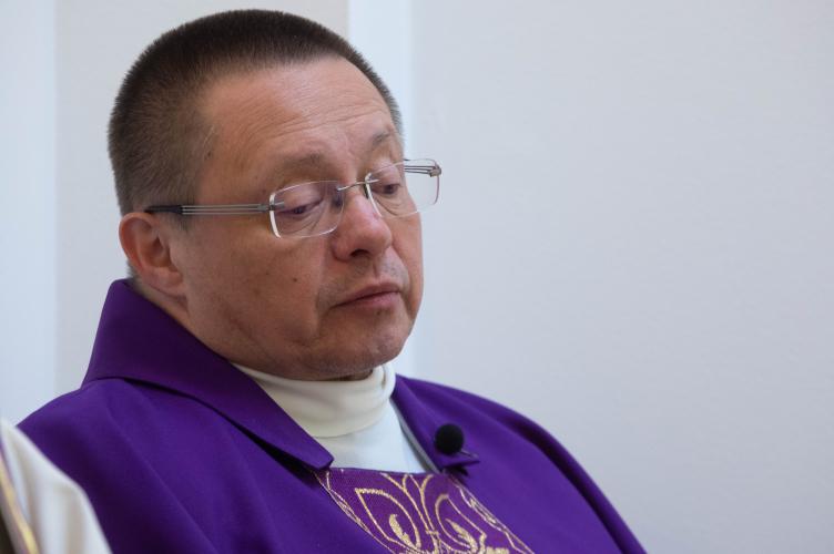Abp Ryś: wspólnota domowa może być jak rozpalony piec!