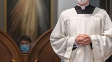 Abp Ryś: kiedy doświadczysz przebaczenia w zjednoczeniu z Jezusem, będziesz najlepszym uczniem, misjonarzem, apostołem Boga Miłosiernego – Msza Krzyżma 2020