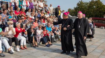 Abp Ryś: wyrastamy jako diecezja z grobu św. Wojciecha Męczennika! – archidiecezjalna pielgrzymka do Gniezna!