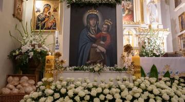 Abp Ryś: uczcie się od Maryi jak stać się narzędziem ocalenia ludu Bożego! – 500-lecie obrazu M.B. w Srebrnej