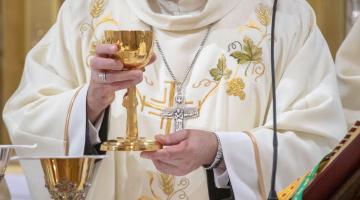 Prymas Polski: chrześcijanin powinien łączyć modlitwę z działaniem