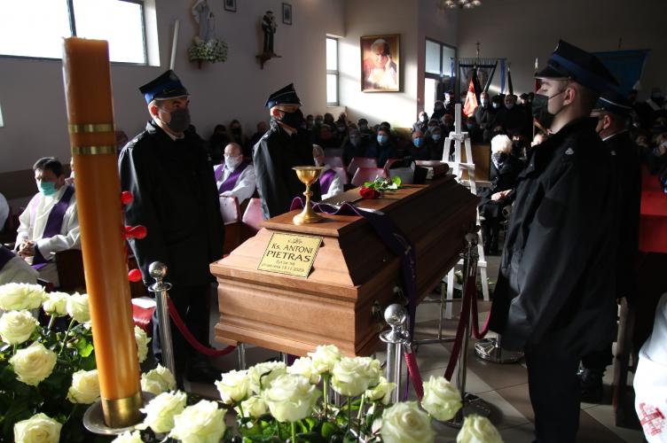 Ostatnie pożegnanie ks. Antoniego Pietrasa