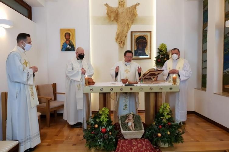 Abp Ryś: w spotkaniu z Bogiem rodzimy się do nowego życia