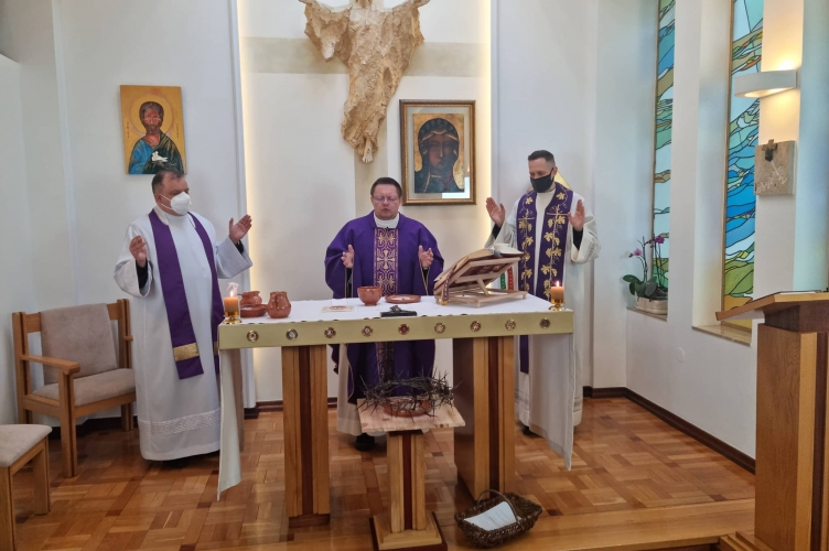 Abp Ryś: Nowa Ewangelizacja to wyjście z ewangelią do człowieka w jego pracy, i w jego domu!