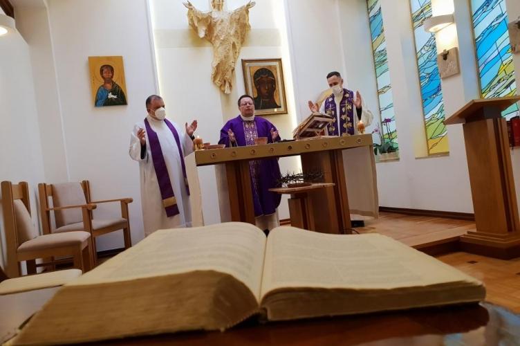 """Abp Ryś: Tym który w nas wypowiada """"Ojcze nasz"""" jest Duch Święty"""