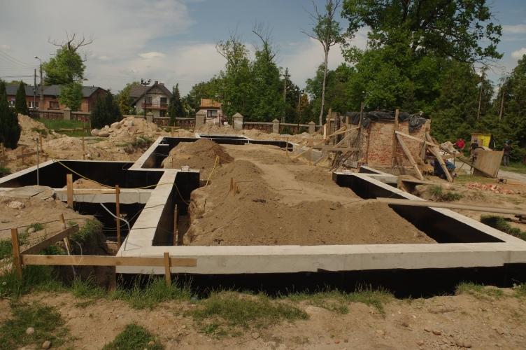 Trwają prace przy odbudowie Kościoła w Mileszkach