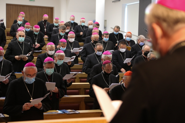 W Kalwarii Zebrzydowskiej trwa 389. zebranie plenarne Episkopatu Polski