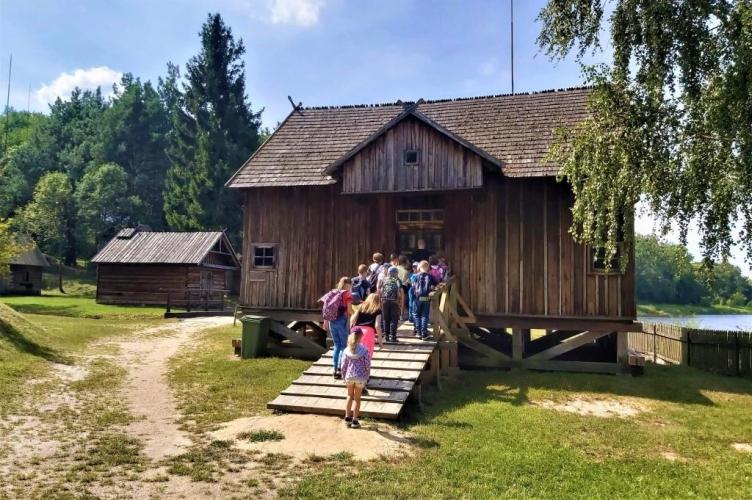 Kolonie letnie Caritas Archidiecezji Łódzkiej