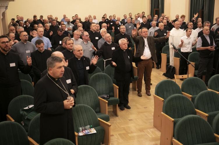 Rewitalizacja życia kapłańskiego – I dzień VI Kongresu Nowej Ewangelizacji w Łodzi