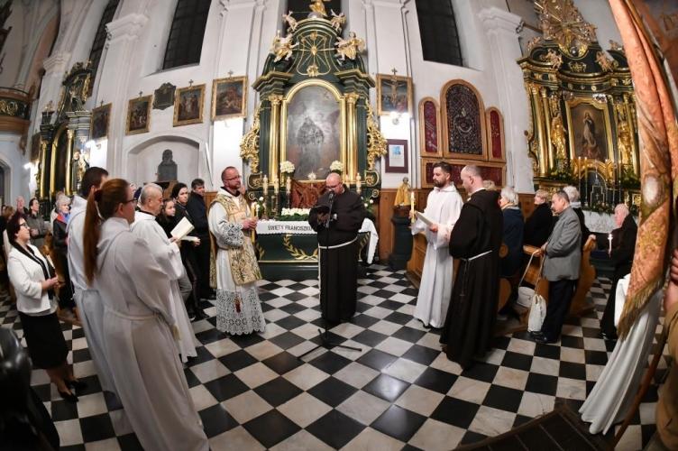 Transitus św. Franciszka z Asyżu w bernardyńskim sanktuarium MB Piotrkowskiej - 2021