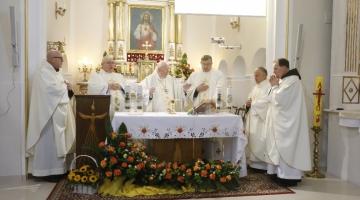 Abp Ziółek: Wszyscy powołani jesteśmy do życia zgodnego z Ewangelią Chrystusa | 100- lecie Sióstr Urszulanek SJK